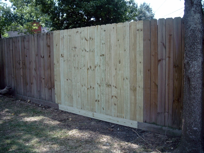 Wooden Fence Repair Cleaning Amp Staining As Good As New Llc